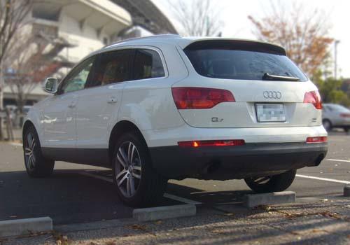 Audi Q7 竪息側辰孫?竪即?